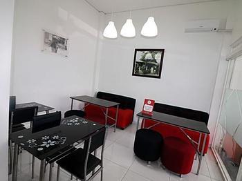 NIDA Rooms Wiroto III Semarang