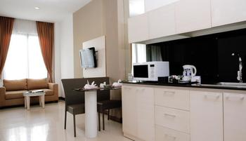 Umalas Hotel & Residence Bali - ONE BEDROOM SUITE (Room Only) Promo 50%
