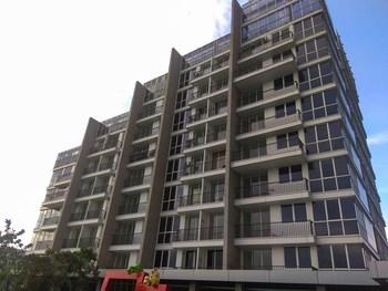 Spacious 1BR Lexington Apartment By Travelio