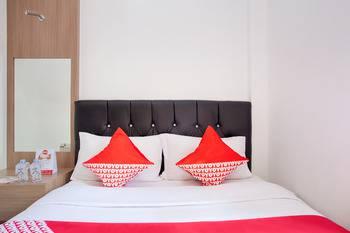 OYO 106 Sarkawi Residence Jakarta - Standard Double Room Regular Plan