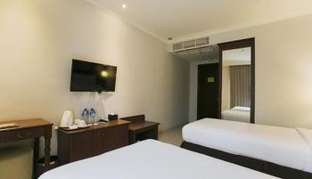 Varna Culture Hotel  Surabaya - Superior Room Only Regular Plan