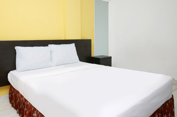 Prime Cailendra Yogyakarta - Deluxe Double Room NON Refundable Regular Plan