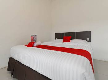 RedDoorz near Exit Tol Bogor - Double Room Regular Plan