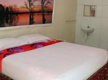 Ria Hotel Jember Jember - Deluxe Room Only Regular Plan