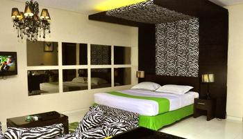 Hotel Pohon Inn Malang - Executive Room CITY VIEW Regular Plan