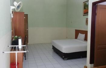 Rindu Alam Hotel Langkat - Standard Room Non AC Regular Plan