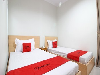 RedDoorz near AMIKOM Yogyakarta Yogyakarta - RedDoorz Twin with Breakfast Regular Plan