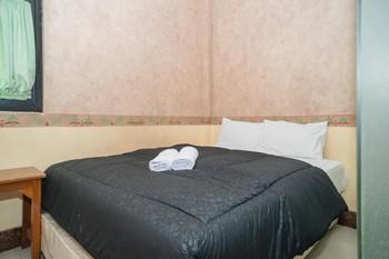 Hotel Transit Nusa Indah Tangerang - Standard Room Gajian