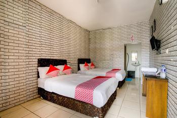 OYO 3394 Apm Residence Syariah Sukabumi - Deluxe Double Room Regular Plan