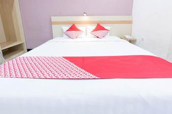 OYO 2087 Jaya Homestay Makassar - Standard Double Room Promotion