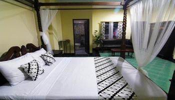 Hotel Diana Jogja - Superior Room Last Minute Superior Room 2018