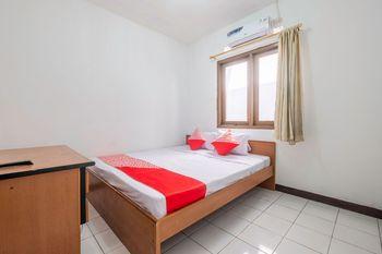 OYO 1608 Feby Maisonatte Bandung - Deluxe Double Room Regular Plan