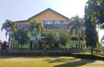 Selopanggung Hotel-Resort & Wisata