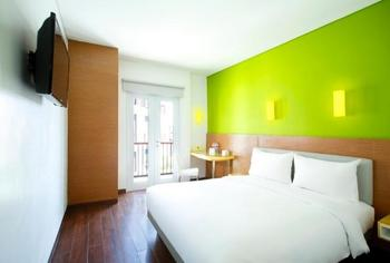 Amaris Teuku Umar - Smart Room Queen Promotion  Regular Plan