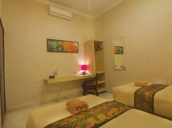 Savita Inn Yogyakarta - Family - with Breakfast Regular Plan
