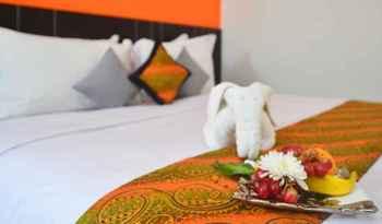 J Hotel Bandara Tangerang - Deluxe Room Only Regular Plan