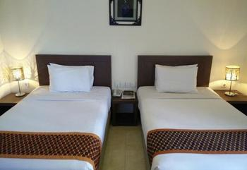 Smart Hotel Lubuklinggau - Superior Twin Room Regular Plan