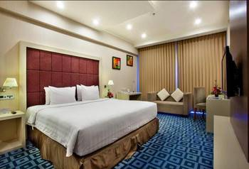 Surabaya Suites Hotel Plaza Boulevard - Business Suite King/Twin Room Only Promo Gajian