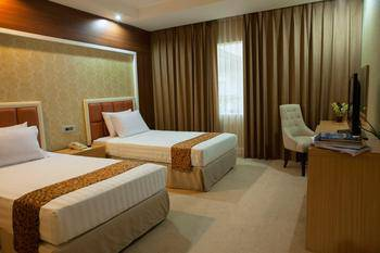 Surabaya Suites Hotel Plaza Boulevard - Junior Suite Twin Room Only Special Deals