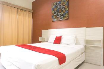 RedDoorz Syariah @ Garuda Street Sumbawa Sumbawa - RedDoorz Room KETUPAT