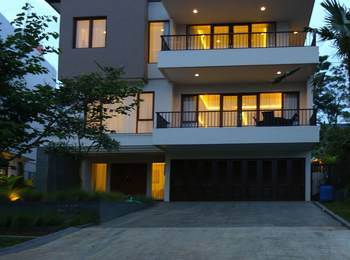 Permai Villa Dago With Pool