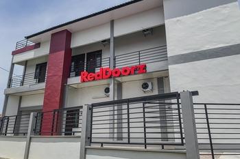RedDoorz Syariah near Universitas Syiah Kuala Aceh