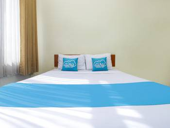 Airy Regol Moh Toha 199 Bandung - Business Double Room with Breakfast Regular Plan