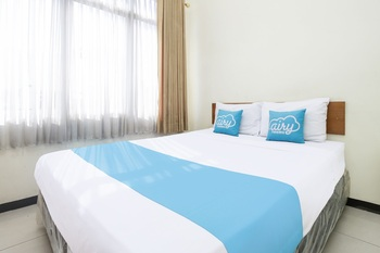 Airy Regol Moh Toha 199 Bandung - Business Double Room with Breakfast Special Promo 7