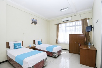 Airy Regol Moh Toha 199 Bandung - Business Twin Room with Breakfast Special Promo 7