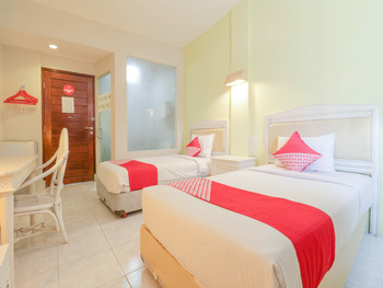 OYO 2253 Flagship The Sunrise Sanur Bali - Standard Twin Room Regular Plan