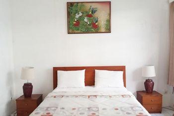 La Rengganis Guest House Bogor - Superior Room Best Deal
