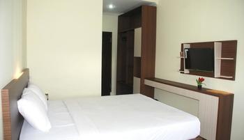 Avon's Residence Manado - Superior Sea View Room Only Regular Plan