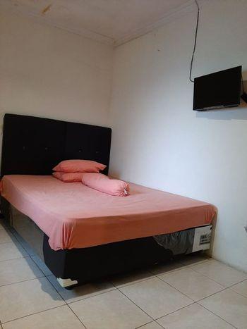 SPOT ON 2847 Anggrek Homestay Makassar - Spot On Double Regular Plan