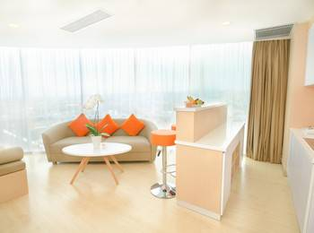 HARRIS Sentraland Semarang - Harris Suite with Breakfast Regular Plan