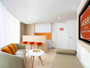 HARRIS Sentraland Semarang - Harris Suite Room Only Basic Deals