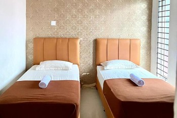 Wisma Syariah Nabila Banda Aceh Banda Aceh - Twin Room KETUPAT