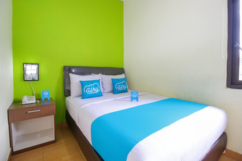 Airy Sirimau Rijali 86 Ambon - Superior Double Room with Breakfast Special Promo July 28