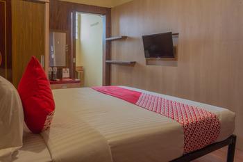 OYO 789 Pelangi Guest House Tangerang - Suite Double Room Regular Plan