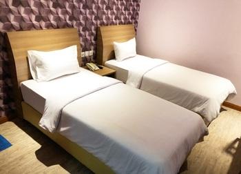 Kama Hotel Medan Medan - Studio Twin Room Only Min Stay 2 Nights Disc 30%