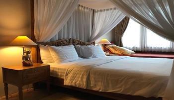 Rumah Stroberi Organic Farm and Lodge Bandung - Java Suite Room Regular Plan