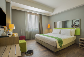 Pesonna Hotel Tegal Tegal - Deluxe Double Room Only Regular Plan