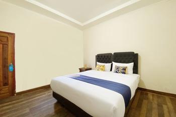 SPOT ON 2897 Rahmah Residence Syariah Bukittinggi - SPOT ON Double Regular Plan