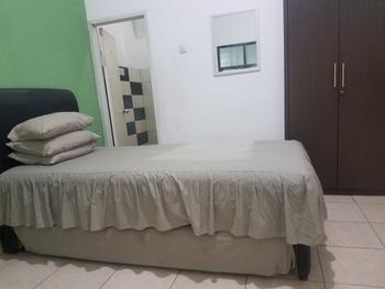 Cendrawasih Syariah Homestay Pringsewu - Standard Room Only FC Special Deal