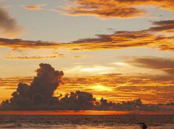 Grand Barong Resort Bali - Suite Room Breakfast Lastminutes Discount 20%