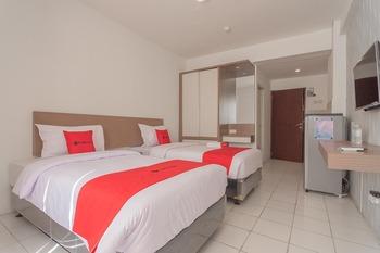 RedDoorz Apartment @ Emerald Towers Bandung Bandung - RedDoorz Twin Room 24 Hours Deal