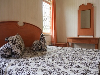 Santibi's Villa Kota Bunga Silvi Cianjur - 4 Bedrooms Regular Plan
