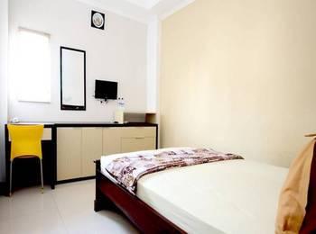 Hotel Elresas Lamongan - Family Room Regular Plan