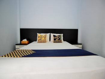 SPOT ON 2842 Hotel Rindu Bengkulu - SPOT ON Double Room Last Minute