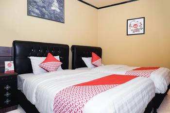 OYO 598 Udan Mas Guesthouse& Gallery Magelang - Standard Twin Room Regular Plan