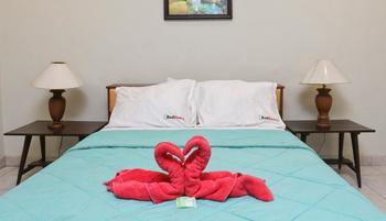 RedDoorz @Bukit Tunggal Street Bali - RedDoorz Room Special Promo Gajian